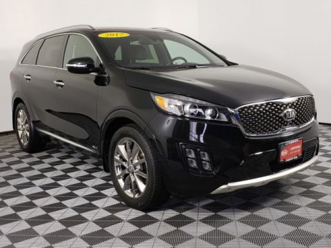 Pre-Owned 2017 Kia Sorento Limited V6